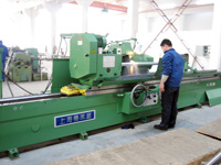 Large cylindricial grinding machine