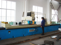 Large surface grinding machine